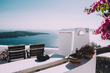Hotel vs AirBnB - Which one is right for your family?