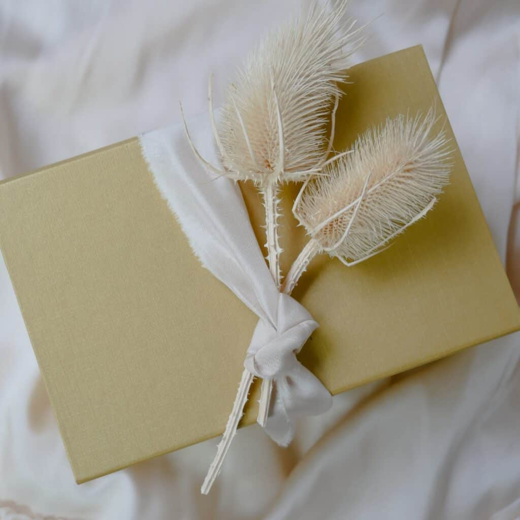 creative gift wrapping ideas for Christmas and beyond